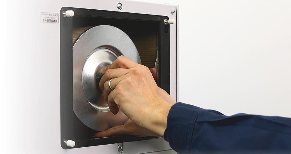射出成形品の除湿乾燥ユニットの無料貸し出し|段取り時間とメンテナンス時間を50%短縮