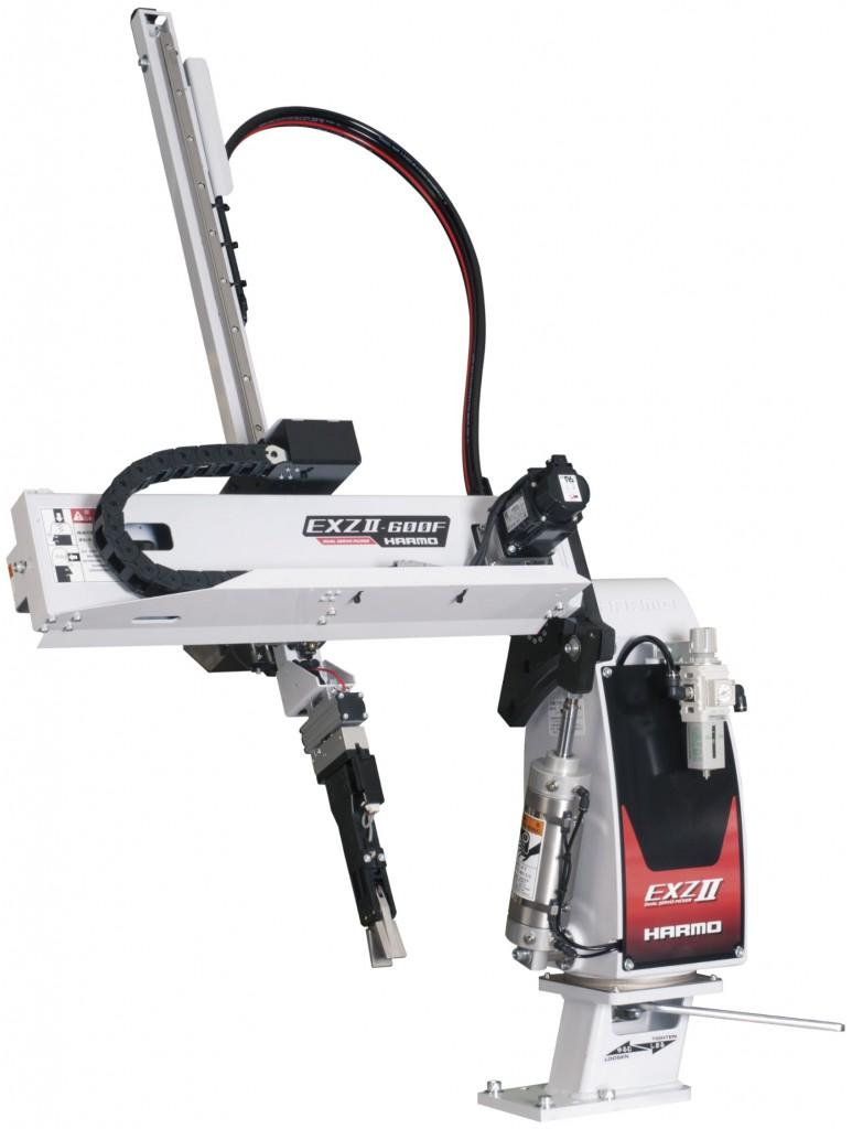 射出成形機の段取り替えを安全にする取出ロボット